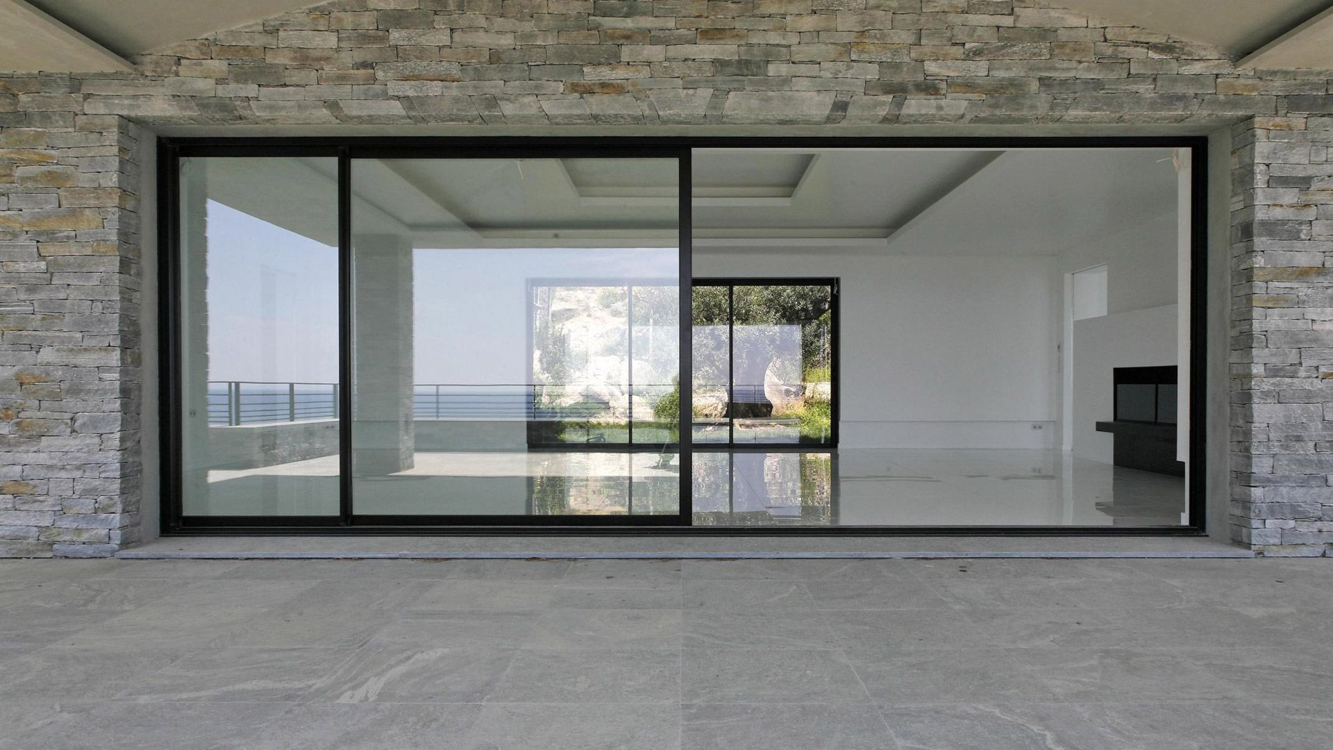 The importance of a quality glass door in your business